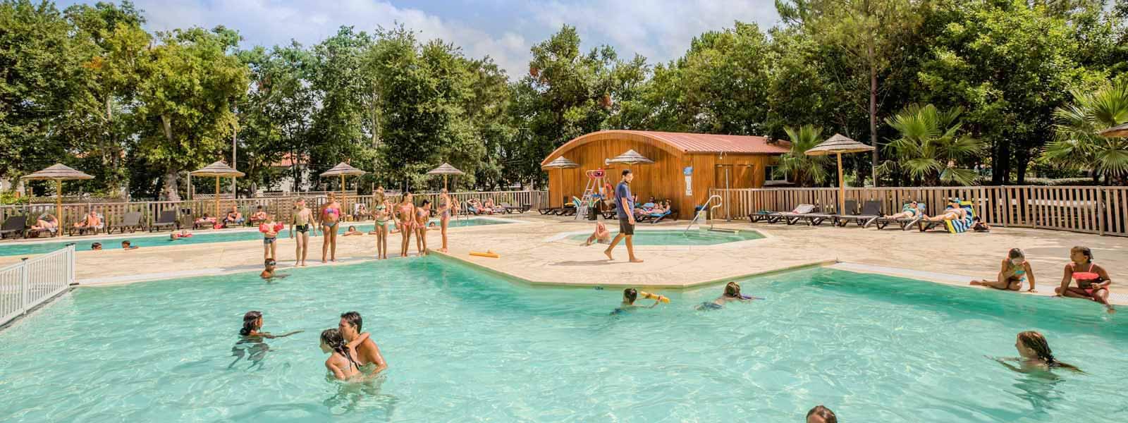 camping avec piscine en bord de mer dans les Landes