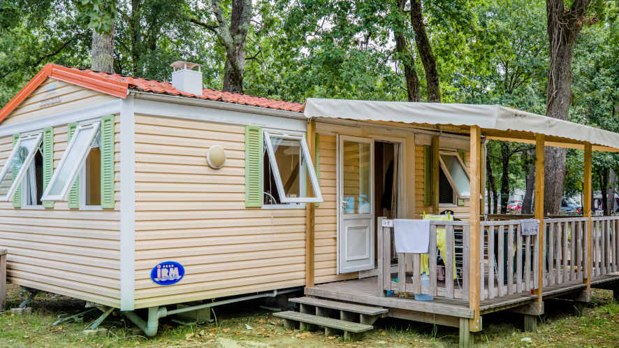 Campsite 4 stars mobile home rental in Ondres