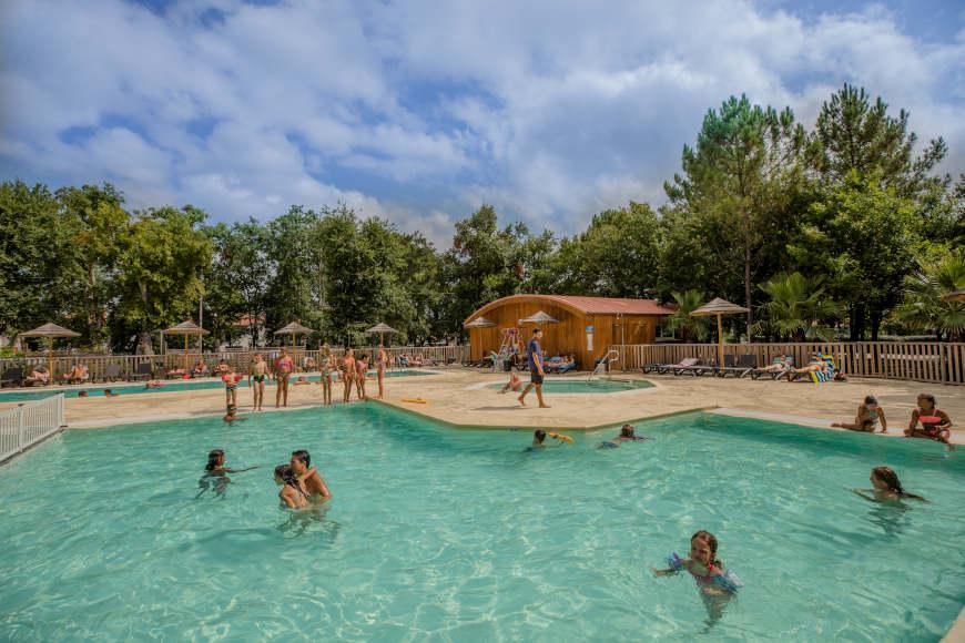 Camping mit Pool für Familien in den Landes