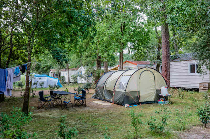 4 star campsite with pitch for tent Ondres plage