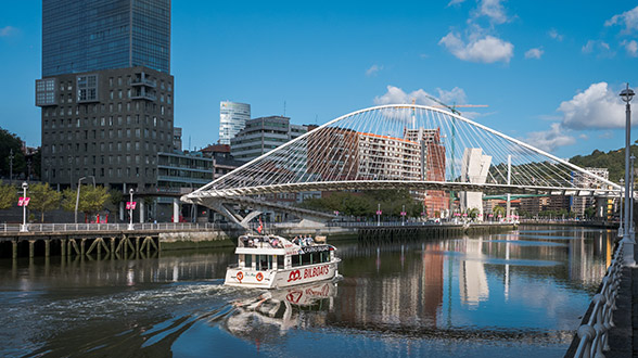 Pont Zubizuri Bilbao